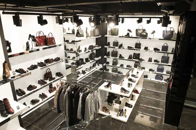 Nuovo store a Milano per Primadonna Collection