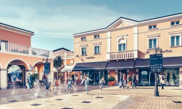 Gli outlet Blackstone ora sono 'Land of Fashion'