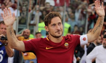 Brand Totti, la Number Ten scrive a Nike