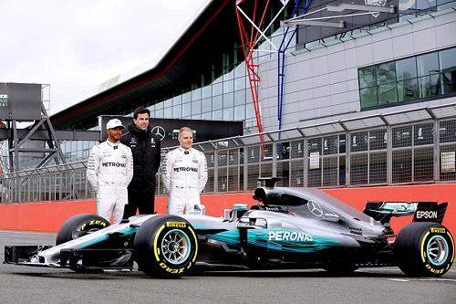 Hilfiger sponsor del team Mercedes in Formula 1