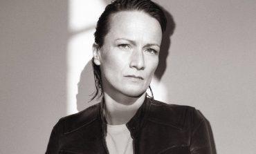 Courrèges saluta Yolanda Zobel