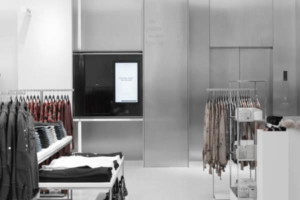 Moda a tempo zero: Zara mette i robot in negozio per essere più fast