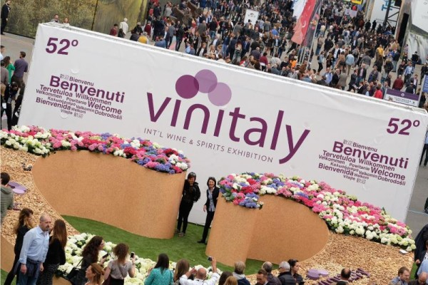 A Vinitaly debutta Pambianco Magazine Wine&Food