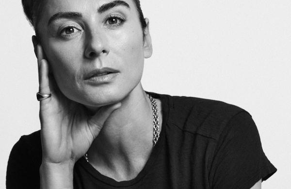 La creativa dei gioielli Vuitton lancia il suo brand