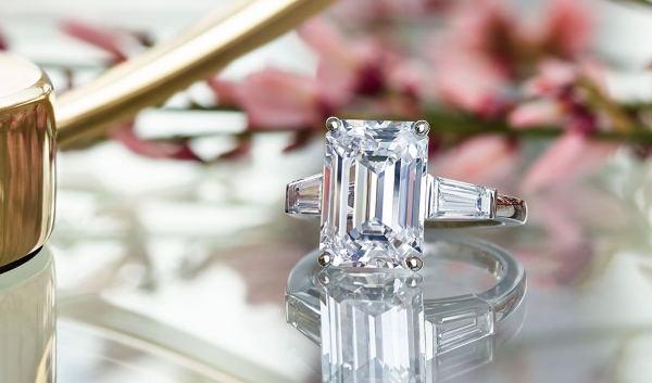 Un diamante per sempre? Sintetico e low cost