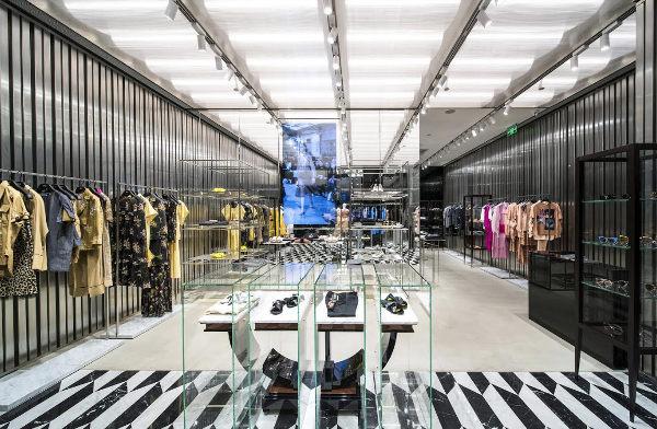 N°21, il più grande negozio al mondo è a Pechino