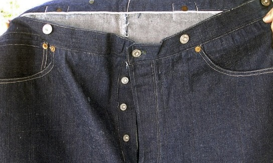 Jeans Levi's del 1893 venduti a 100mila $