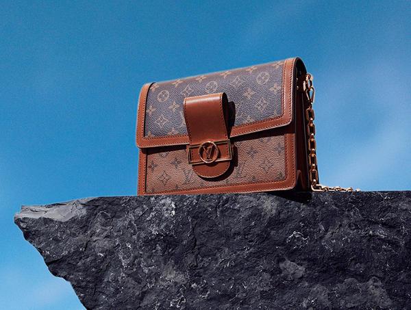 Taglio prezzi in Cina, comincia Louis Vuitton