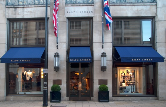 Ralph Lauren taglia anche i manager Uk