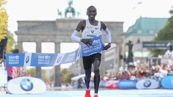 Nike torna ai piedi del record di maratona