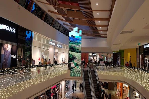 Con i Led, la shopping experience diventa spettacolare