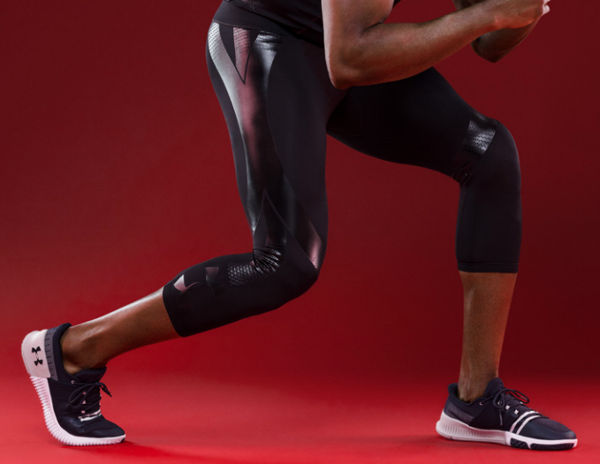 Under Armour fa i vestiti che comandano i muscoli