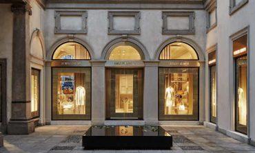 Armani chiude lo store di via Montenapoleone