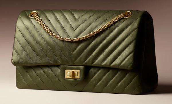 Chanel alza i prezzi. Terzo rincaro da maggio
