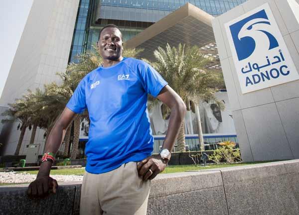 Armani firma la prima maratona di Abu Dhabi
