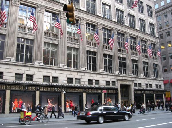 Cartier fa causa a Saks per danni alle vendite