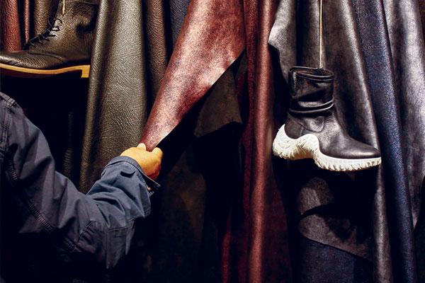 A Lineapelle la crisi della scarpa formale