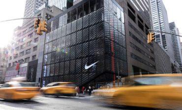 Chiusi gli store di Nike e Apple nel mondo