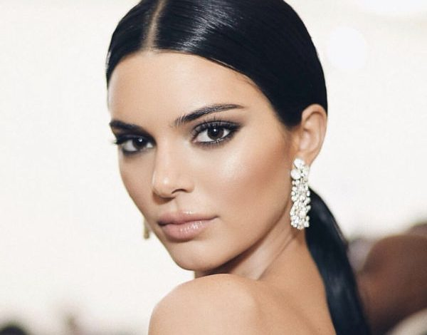 Kendall Jenner, a fine of 90 thousand $ for a non - #adv