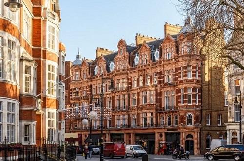 Apri boutique a Londra? Servizi e mktg sono inclusi