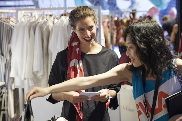 La moda femminile italiana rallenta nel 2018 (+0,5%)