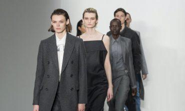 """La stampa stronca la New York fashion week: """"Sembra tutto vecchio"""""""