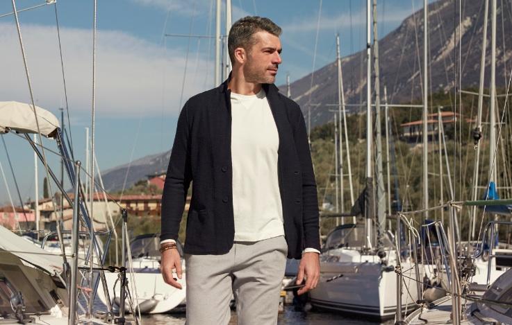 Luca Argentero naviga con Falconeri