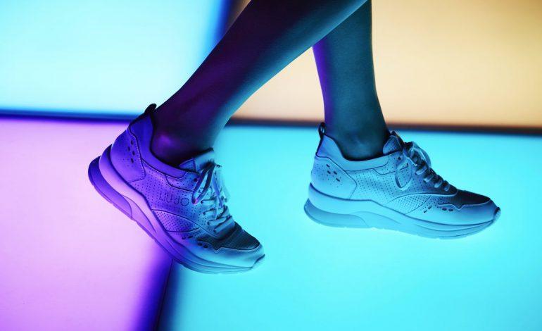 Le sneakers di Liu Jo conquistano la pista da ballo - Pambianco News 1e4e19406b5