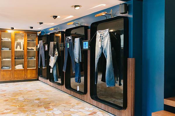 Candiani apre il suo primo store di jeans