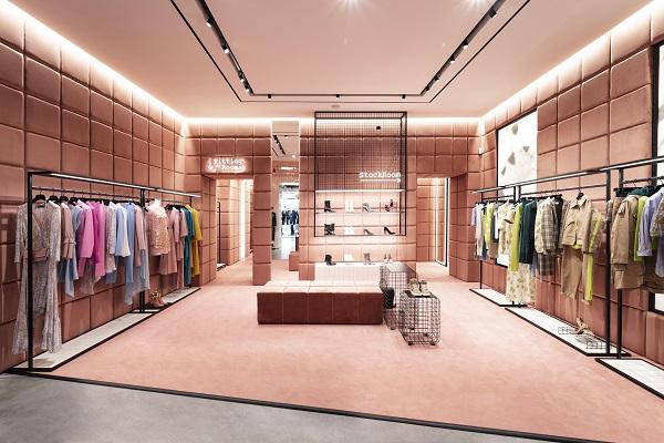 Patrizia Pepe presenta il nuovo store concept