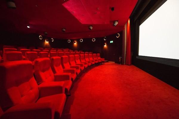 Selfridges apre un cinema nel flagship di Londra