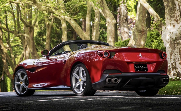 L'abbigliamento Ferrari sarà prodotto da Armani