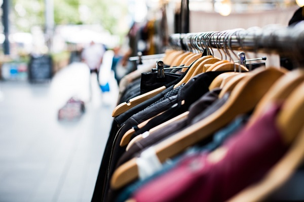 Moody's, la guerra dei dazi penalizza moda Usa