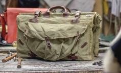 2010 Limited Edition rispolvera le vere military bag