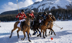 La Martina, una capsule per lo Snow Polo World Cup