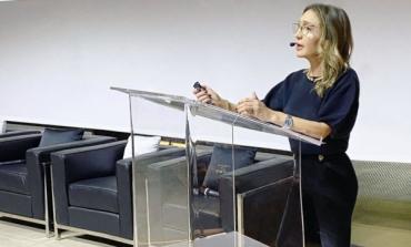Elisabetta Franchi, stop sbarco in Borsa. Troppi soci Spactiv contrari all'accordo