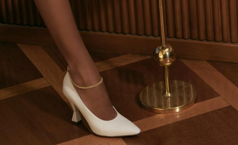 Non solo scarpe. Maria Luca debutta con borse e jewels