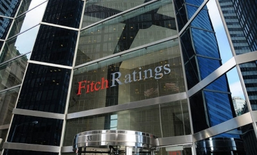Fitch taglia in blocco 9 big del retail Usa