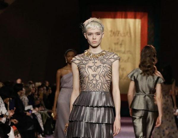 Sfilerà in digitale anche l'alta moda parigina
