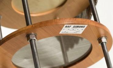 La tesi di laurea di Raf Simons in vendita per 100mila $