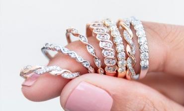 Signet Jewelers chiude circa 400 negozi