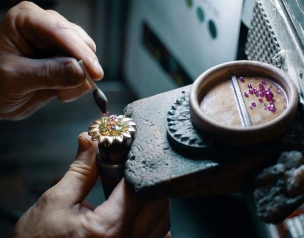 Equinox crea polo per alta gioielleria a Valenza