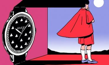 Un team di artisti personalizza G-Timeless di Gucci
