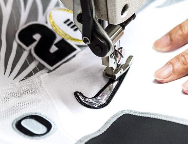 Nike taglia posti di lavoro. Donahoe spinge sul web