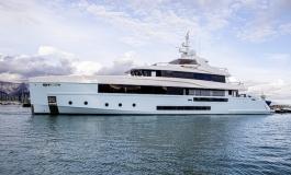 Admiral vara Crocus, nuovo yacht di 48 metri