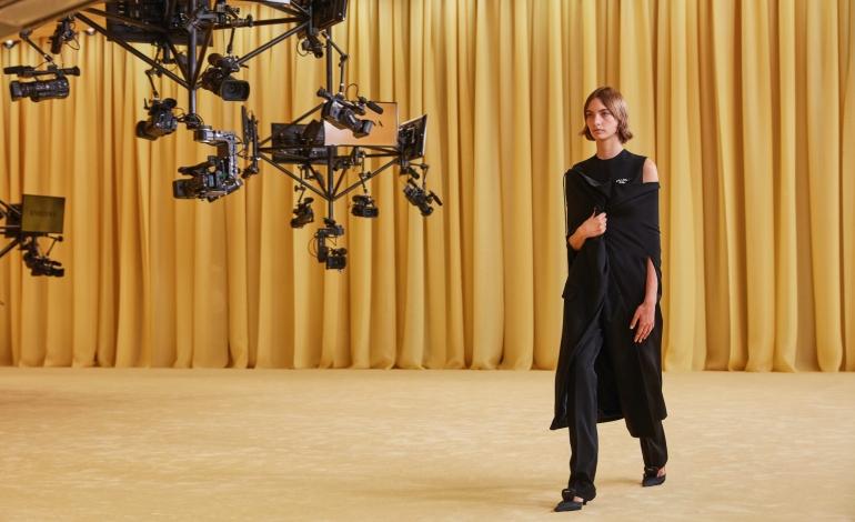 Prada e Simons, esordio con show e talk show