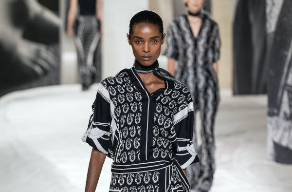 """Hermès ufficializza il lusso online: """"L'e-commerce è il nostro più grande negozio"""""""