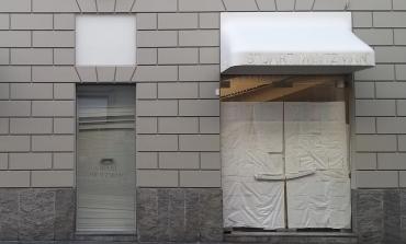 Stuart Weitzman, addio al retail milanese
