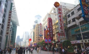I mini-dazi in Cina tagliano il lusso a Hong Kong